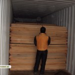 Loading container with beech wood